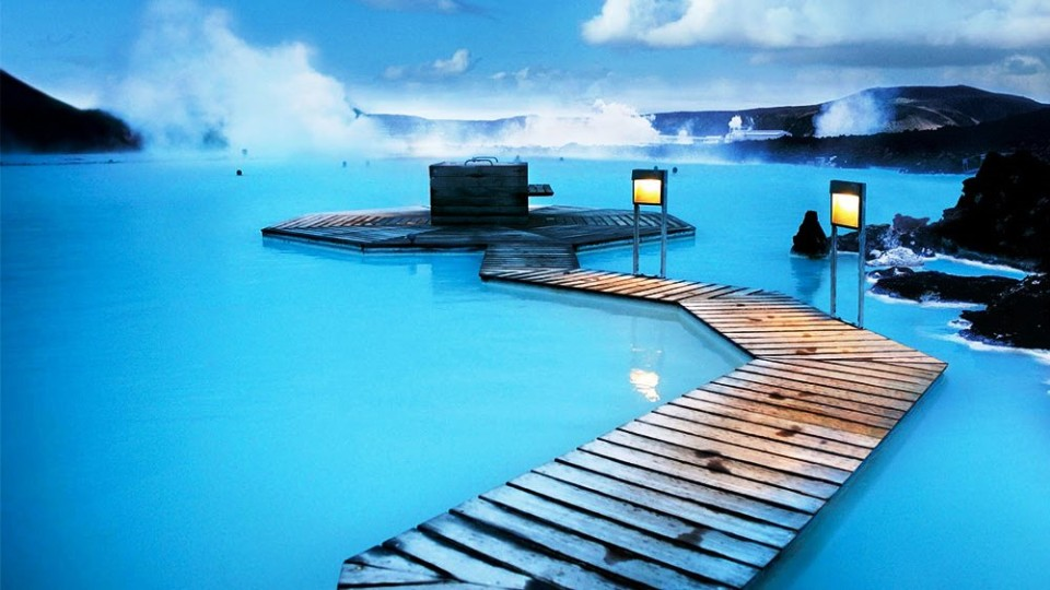 Image from http://www.airpano.com/360Degree-VirtualTour.php?3D=Iceland-Blue-Lagoon
